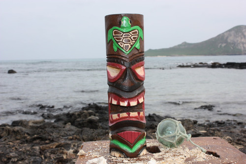 "Tiki Totem 10"" w/ Honu Hawaii - Hand Carved & Painted"
