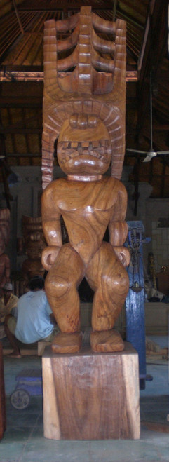 LARGE TIKI AKUA KAI - 8 FEET - POLYNESIAN CULTURAL CENTER - OUTDOOR ISLAND DECOR
