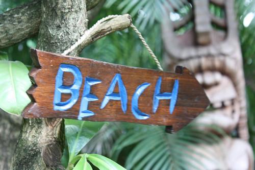 """BEACH"" DRIFTWOOD SIGN 12"" - POOL DECOR"