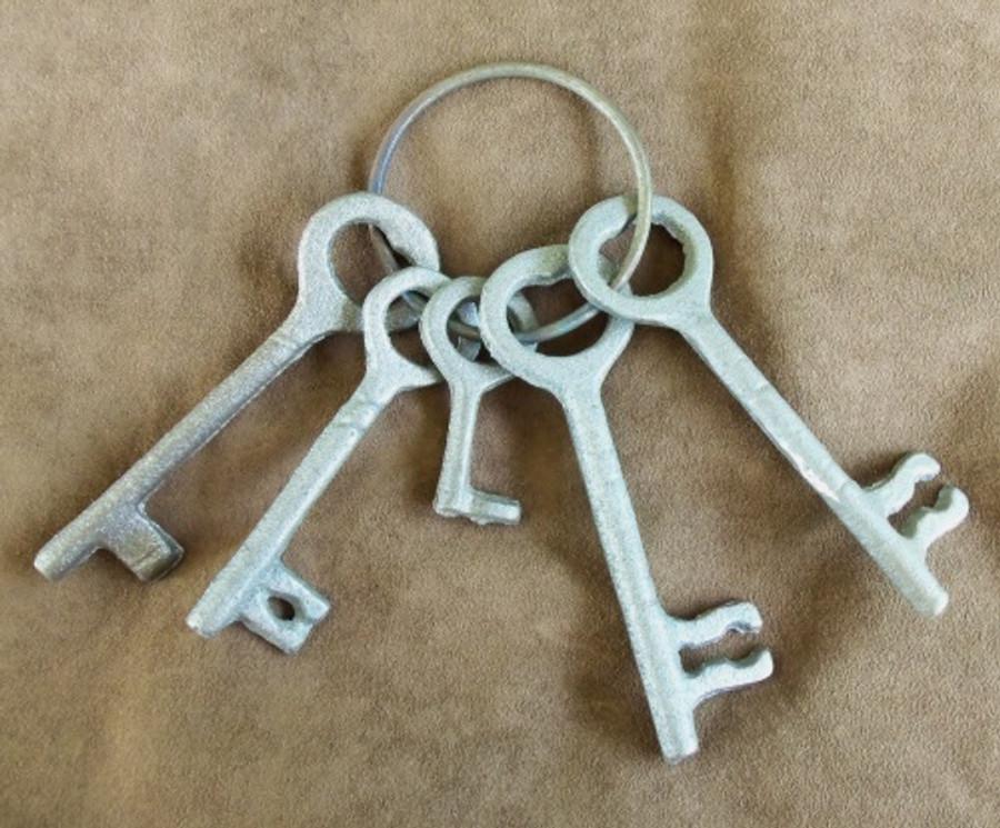 Western Cast Iron Jail Keys