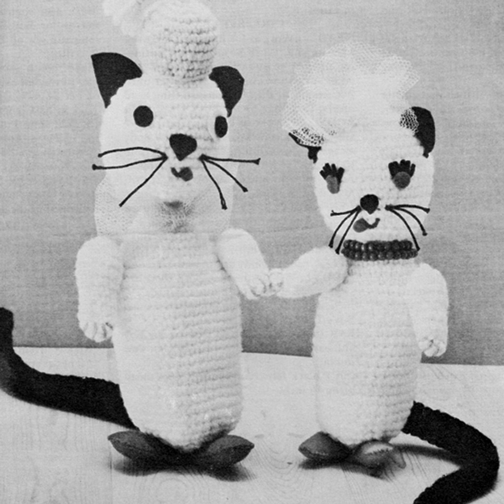 Standing Crocheted Cats Pattern