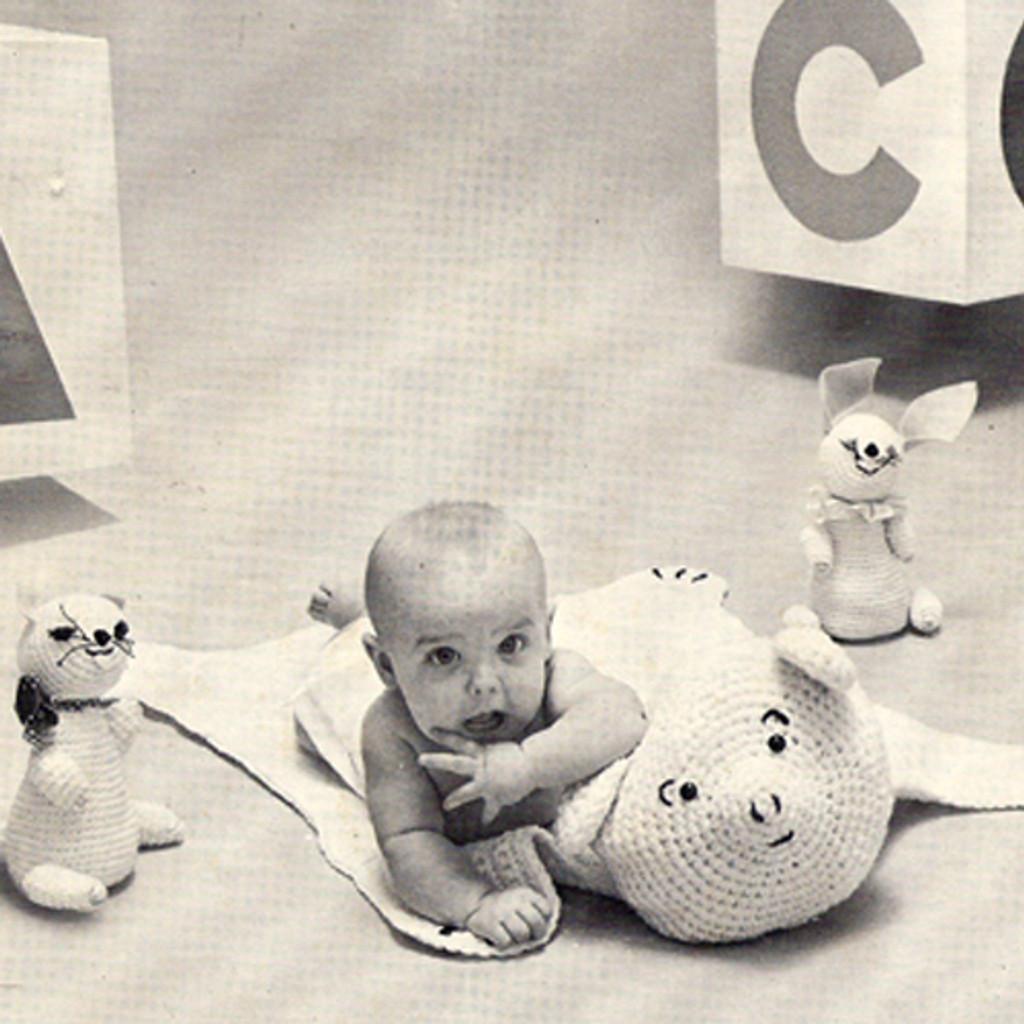 Vintage Childs Crochet Bear Rug Pattern