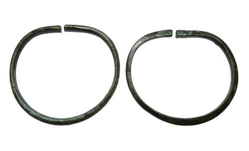 ASSOCIATED MATCHING PAIR OF ANCIENT NEAR EASTERN BRONZE BANGLE BRACELETS *LUR075
