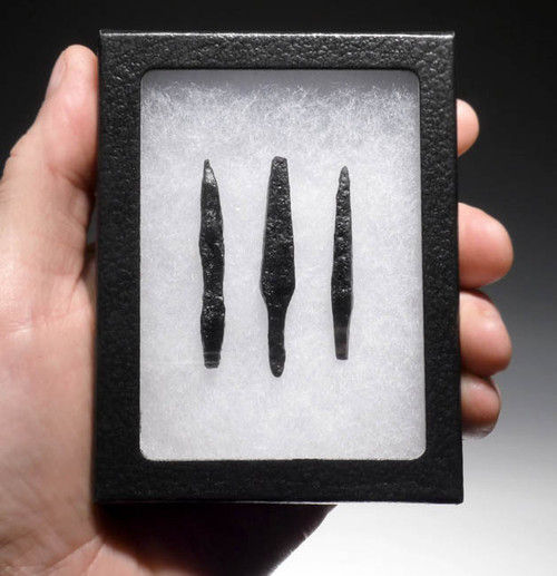 NE103 - SET OF 3 INTACT IRON ARMOR-PIERCING PROJECTILE POINT ARROWHEADS FROM THE EURASIAN STEPPE NOMAD TRIBES