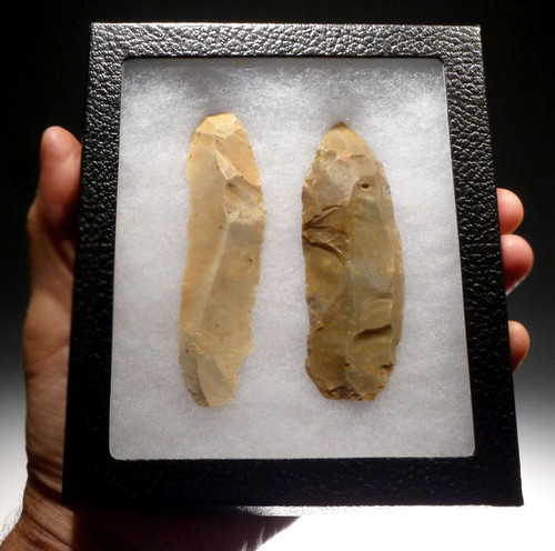 CAP187 - AFRICAN NEOLITHIC PAIR OF LARGE FLINT KNIVES