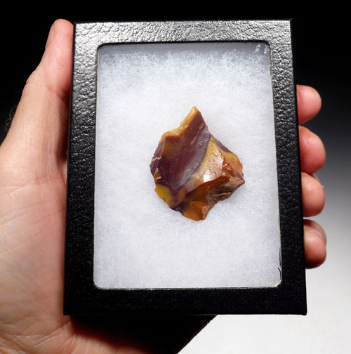 M397 - RARE PRESTIGE OBJECT CANDY-COLORED JASPER NEANDERTHAL MOUSTERIAN DRILL FLAKE TOOL FROM FONTMAURE FRANCE
