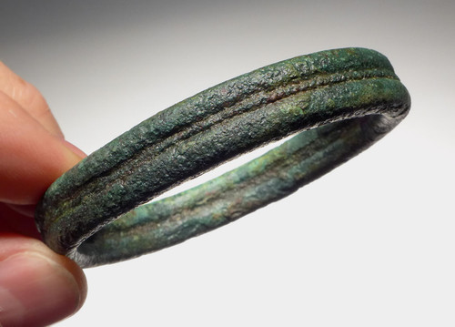 ANCIENT BRONZE AGE BANGLE BRACELET FROM THE SOUTHEAST ASIA DONG SON CULTURE *SEA002
