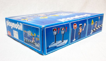 PLAYMOBIL 3273 Policeman With Traffic Signs