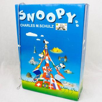 Snoopy Collectable Mini Figure Box 28pc World Costume Figure Peanuts