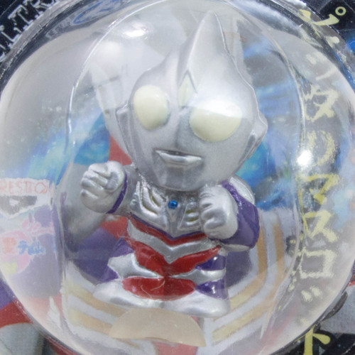 "Ultraman Tiga 1.2"" Mini Figure with Sucker Tsuburaya JAPAN TOKUSATSU ANIME"