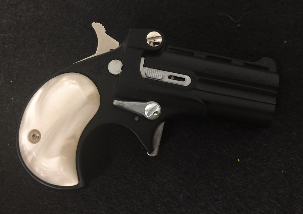 Cobra Gun Grips Acrylic Pearl White fir .22, .22mag, .25 and .32 models