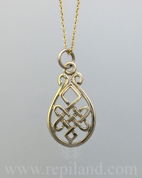 Nerys Pendant with intricate knotwork inside a teardrop shape frame.