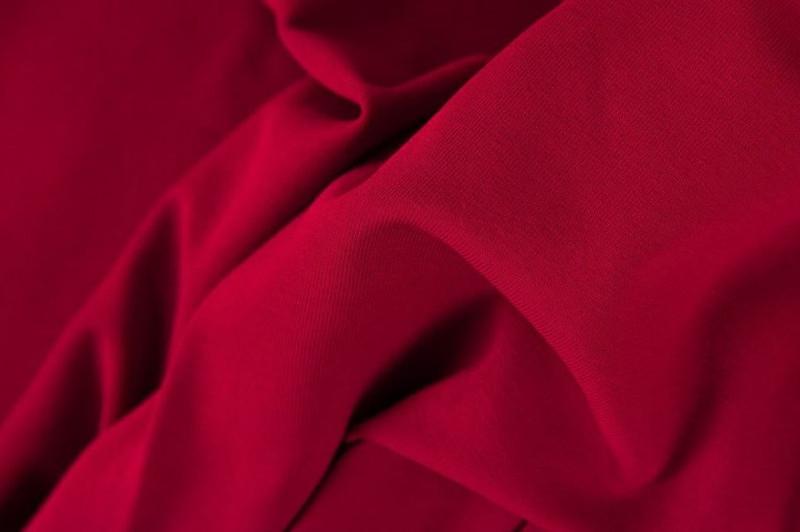 Dark Red Ribbing Swafing