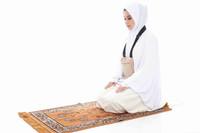 Hajj Safe Sisters Kit 1
