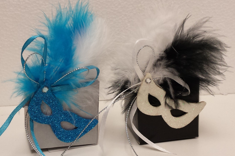 2 x 2 Favor Box With Mask