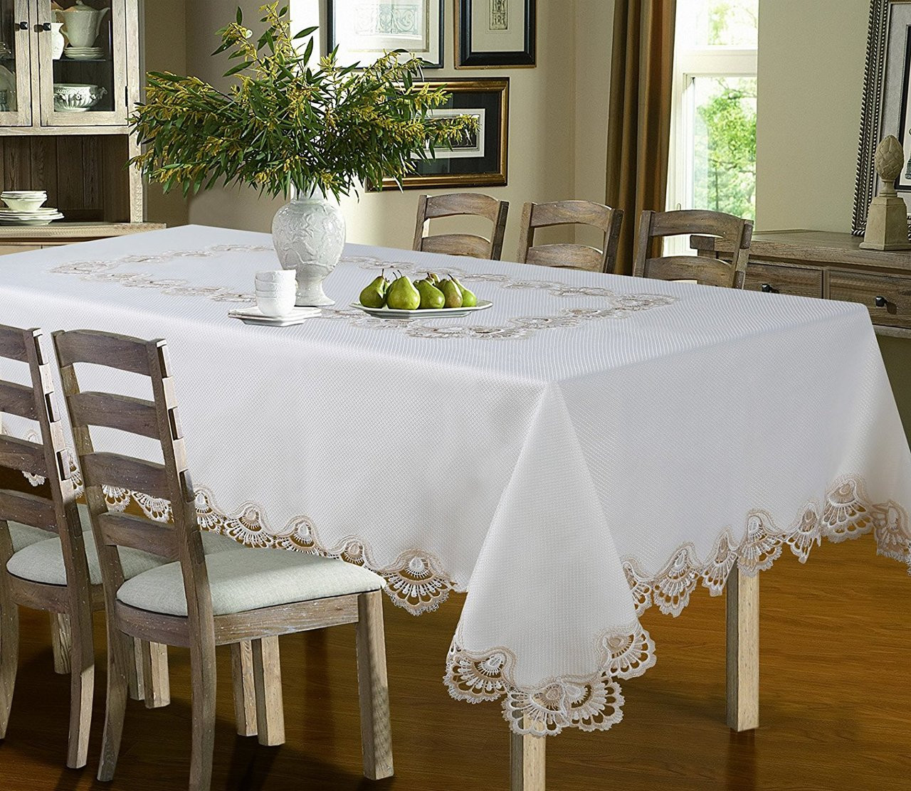 Luxury Crest Embroidered Table Cloth Gold ...