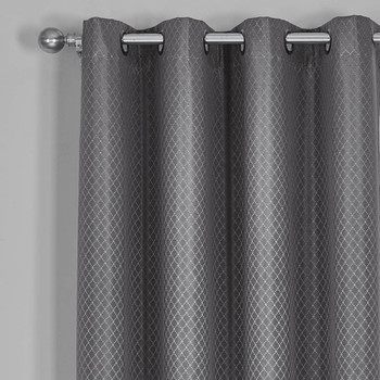Gray-100-Blackout-Diamond-Jacquard-Curtain-Closeup