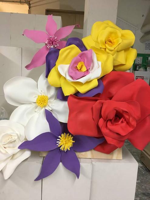 "Decorative Flower (28"", White & Green)"