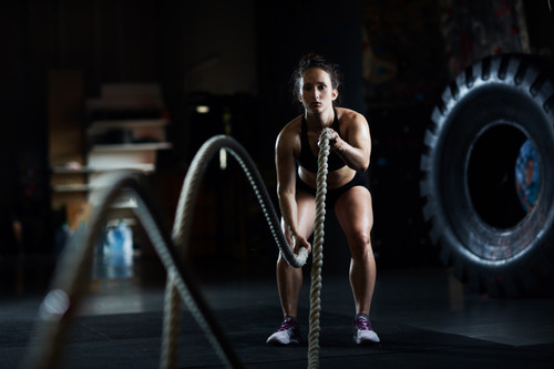4 Battle Rope Workouts to Get the Legs of Your Dreams