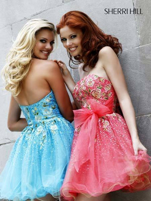 Look So Cute In Sweet Sixteen Dresses!