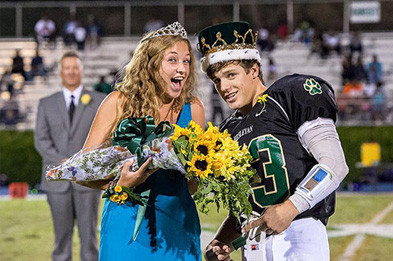 Homecoming Regality – How to Dress for the Homecoming Court