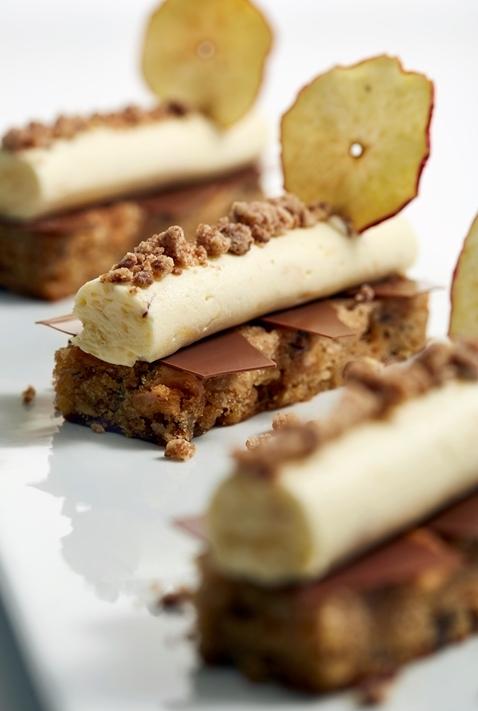 milk-chocolate-apple-cake.jpg