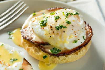 Ask the Experts: How to Poach Eggs
