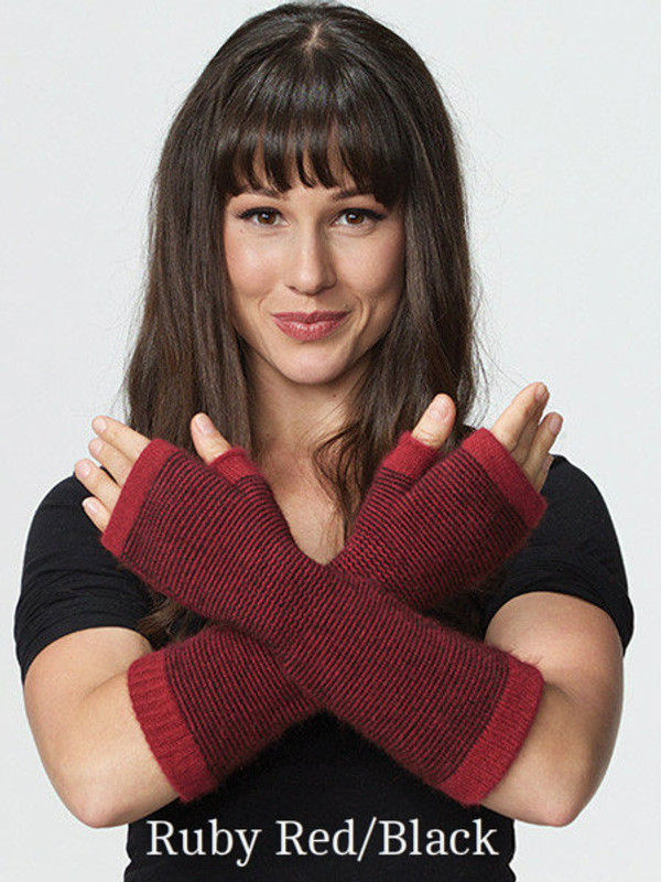 Possum Merino Wool Striped Glovelet in black and ruby red stripes