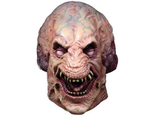 Trick or Treat Studios and MGM are proud to present the officially licensed Pumpkinhead Mask from Stan Winston's amazing thriller Pumpkinhead. Sculpted by Bruce Spaulding Fuller every detail of Pumpkinhead is here and it's perfectly scaled for fit and proportion. Pumpkinhead is a trademark and copyright of MGM. All right reserved.