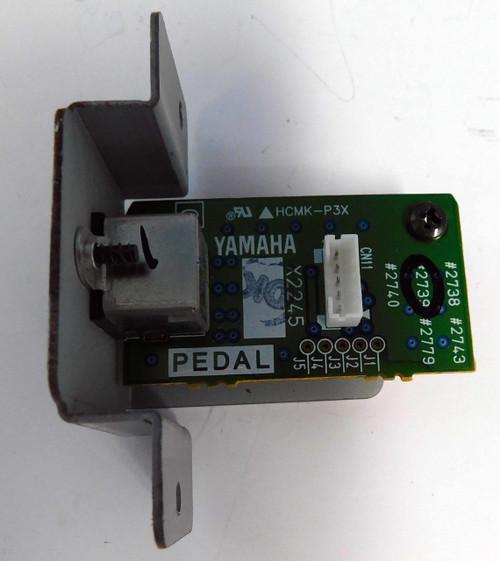 Yamaha Clavinova CLP-130 Pedal Board