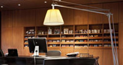 5 Floor Lamps Interior Designers Love