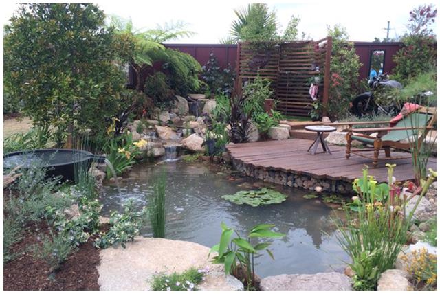 Garden ponds backyard pond aquascape supplies australia for Pond kits supplies