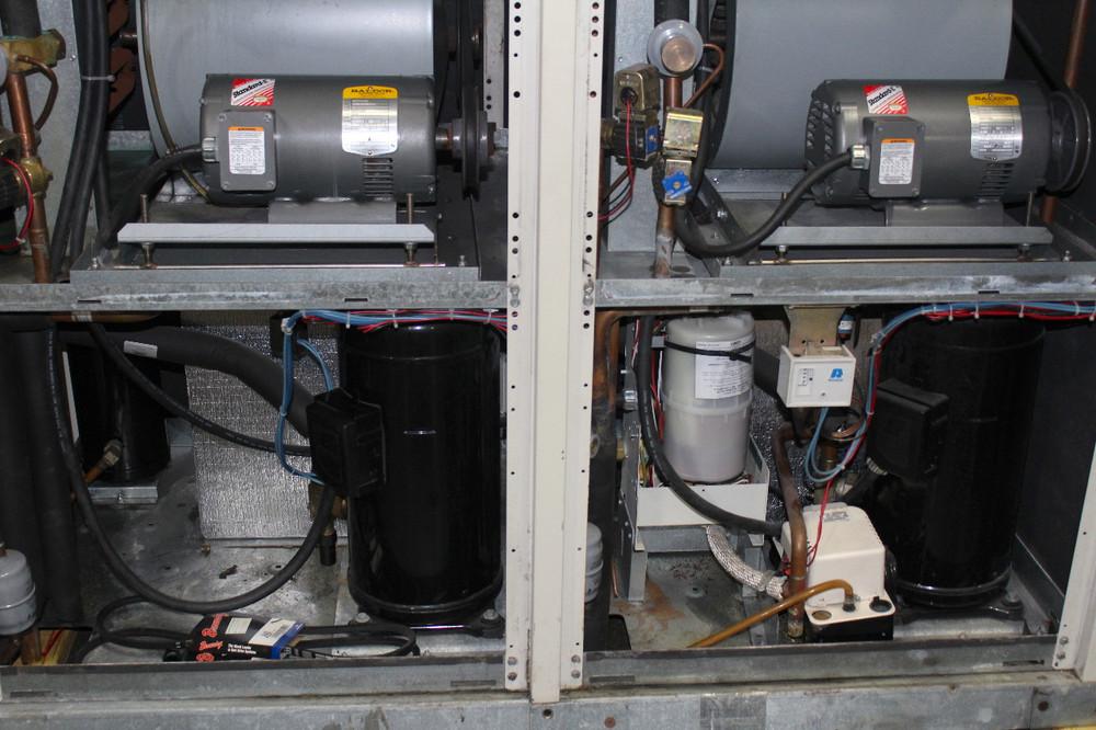 APC AFX-18-A-KA-D Computer Room Air Conditioner 18 Ton Downflow Larkin Condenser