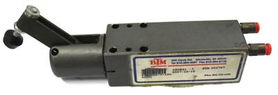 BTM Vertical Cylinder Clamp PCO-100-V-130