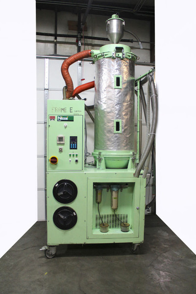 Nissui NV-58 Plastics Dryer Hopper 18Kw, 87 Gal Capacity, 208V 3 Ph, 706 CFM