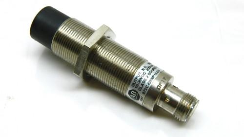 Allen Bradley 872C-D8NP18-D4 Proximity Switch 10-30Vdc 8mm Sensing Distance 18mm
