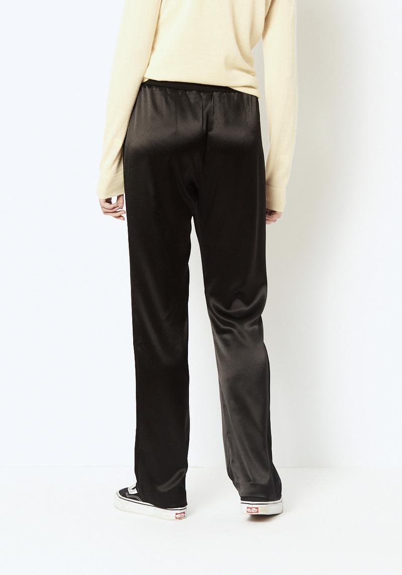 Veda Black Standard Pant