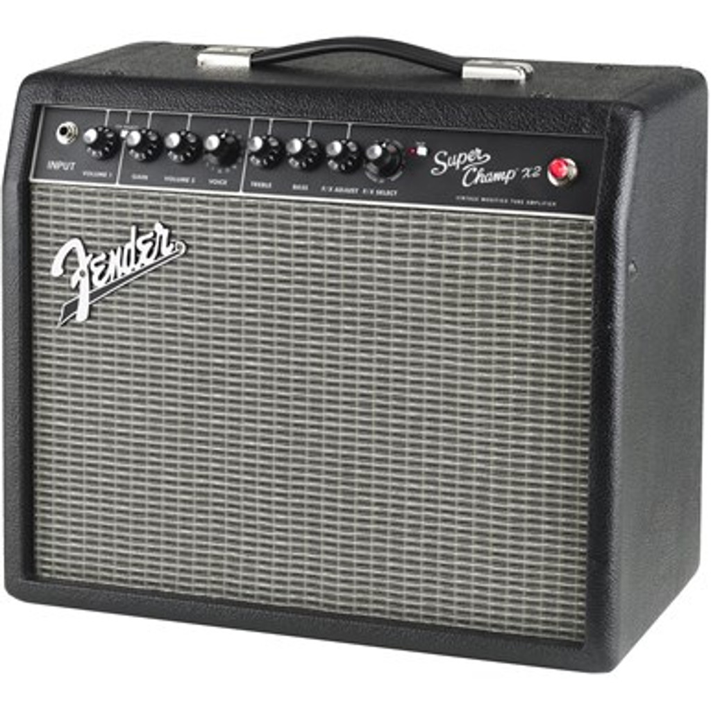 FENDER 2223000000 Super Champ X2
