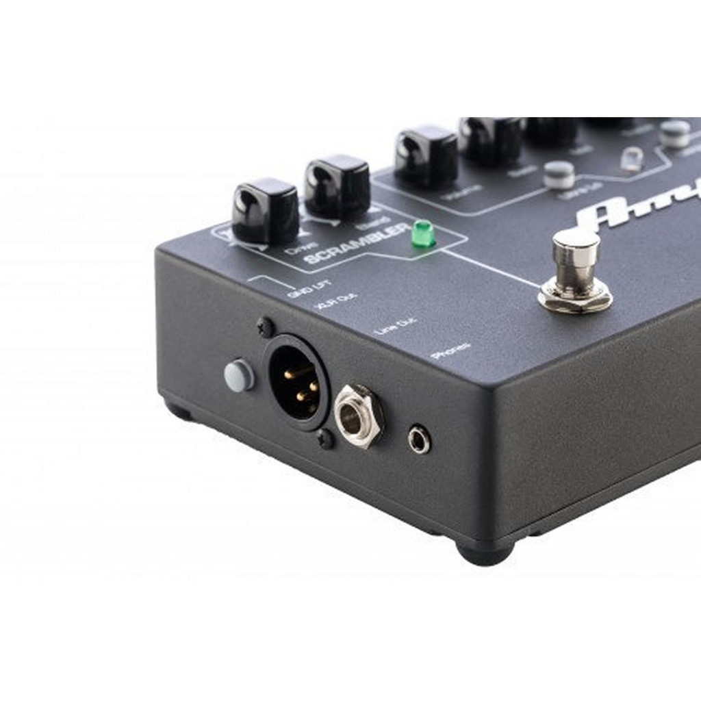 AMPEG SCRDI Bass DI with Scrambler Overdrive