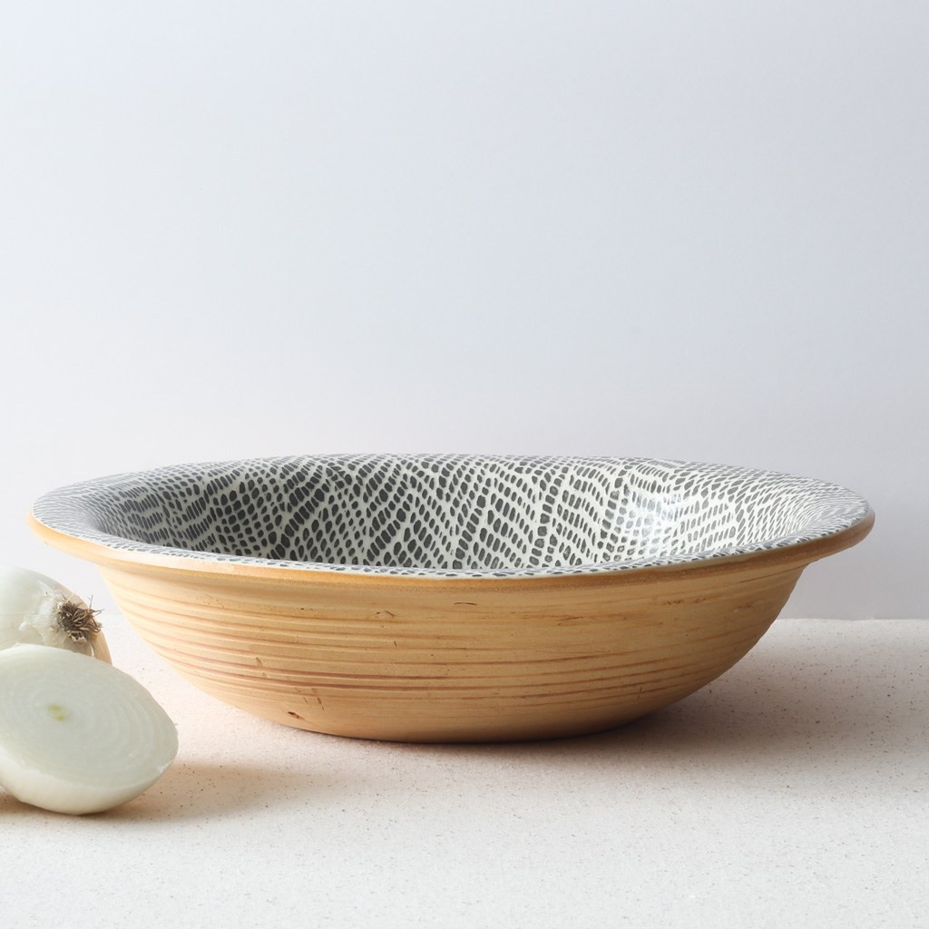 Terrafirma Ceramics Large Serving Bowl (Charcoal/Braid)