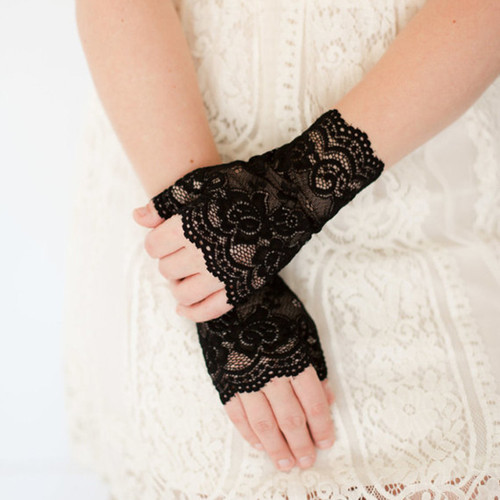 Sexy Long Lace Fingerless Gloves