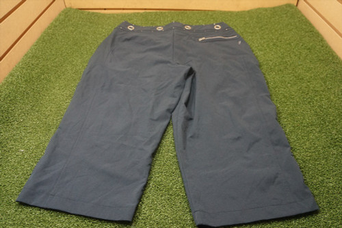 Tail Women's Golf Solid Capri with Pockets Navy Size: 8