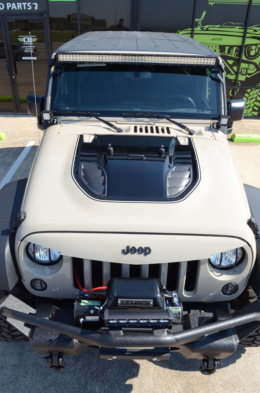 Heat Reduction Hood Black Mountain Jeep