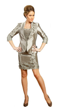 MNM Couture 6061