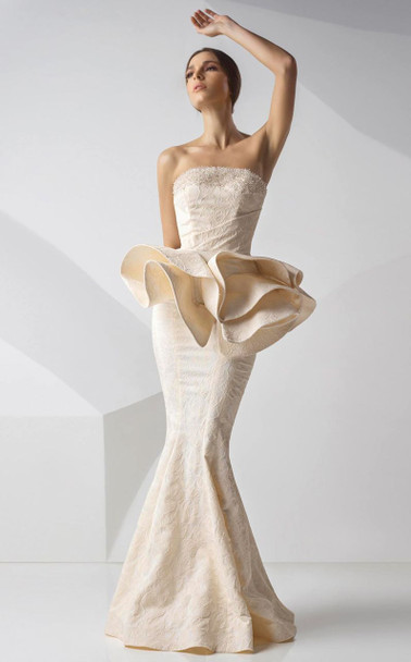 MNM Couture G0741