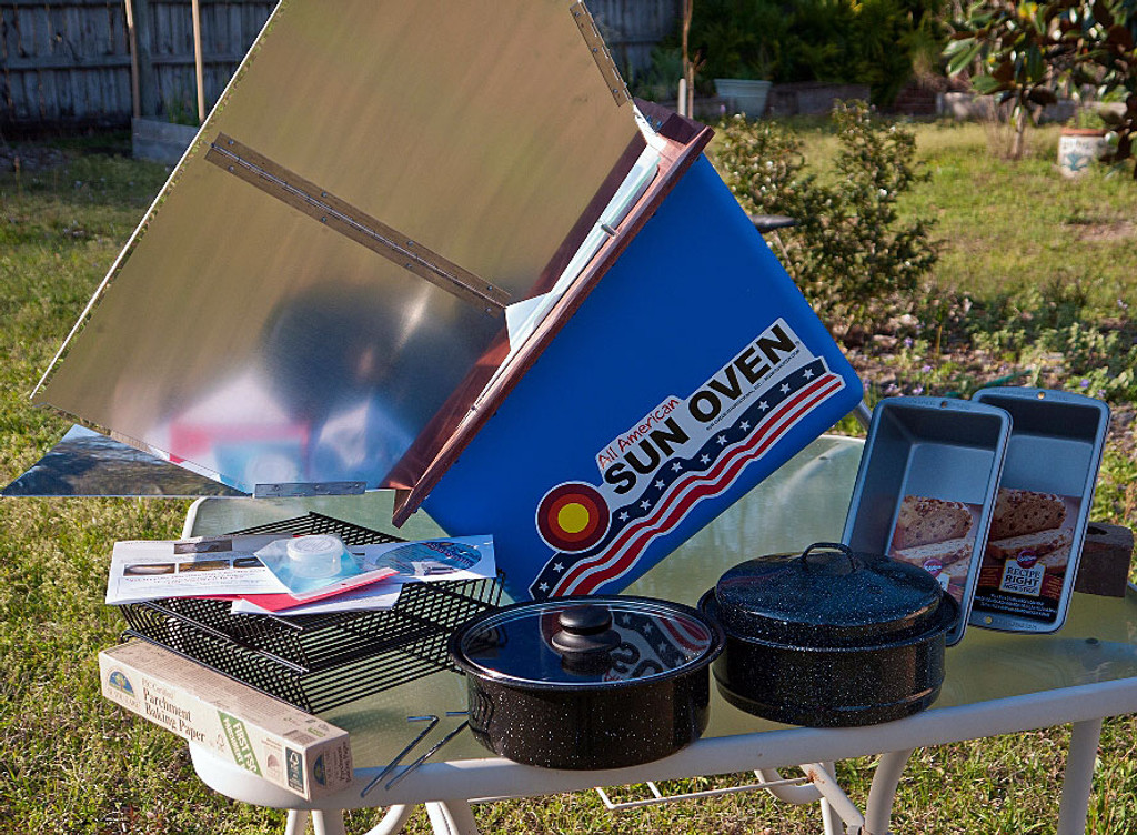 All American Sun Oven with Dehydrating & Preparedness Kit