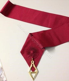 Royal Order of Scotland Red Sash (Gordon) with Jewel