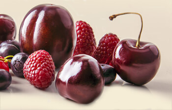 cherries-plums-raspberries-flavor.jpg