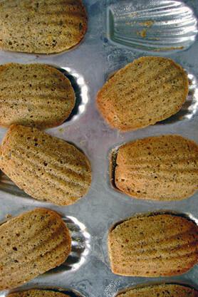 earl-grey-madeleines-2.jpg