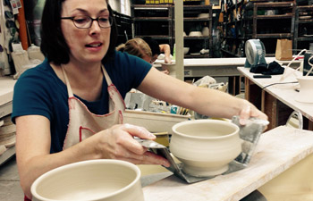 matcha-bowl-gift-set-autumn-potter.jpg
